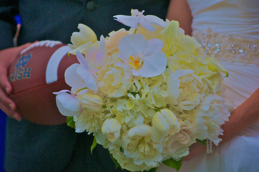 Merry Monday | 5 Ways to NOT Waste Your Wedding Flowers After the I Dos