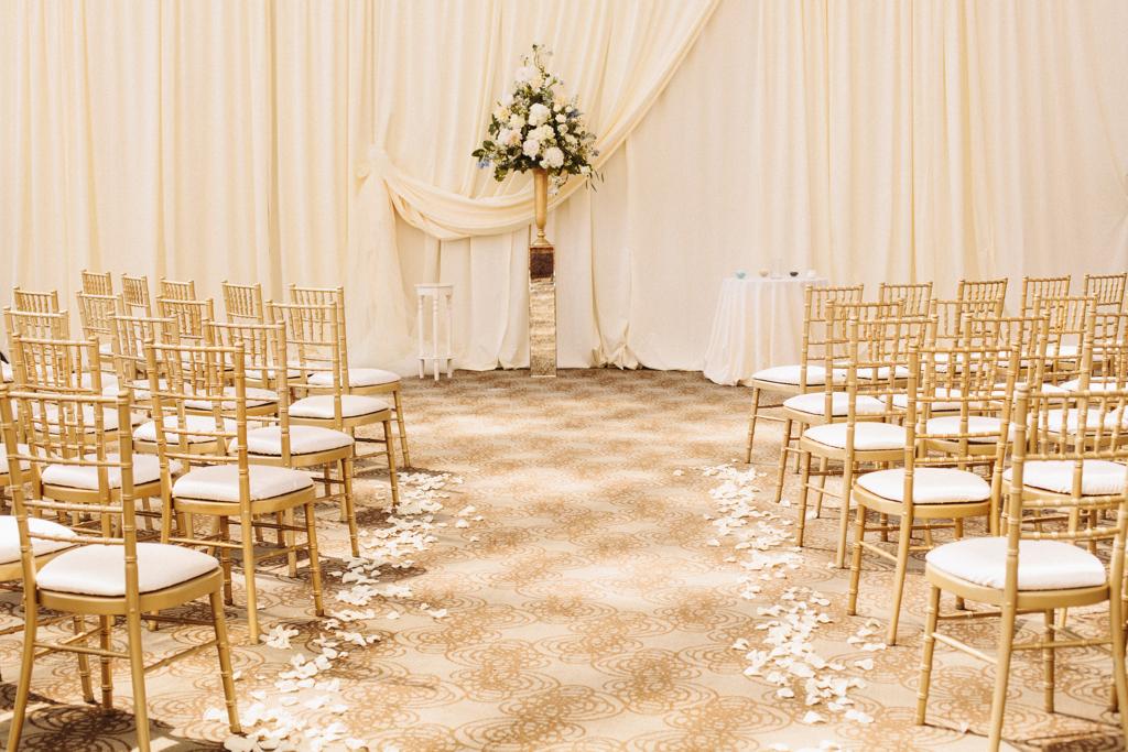 Wedding Wednesday | Gorgeous Golden Romance
