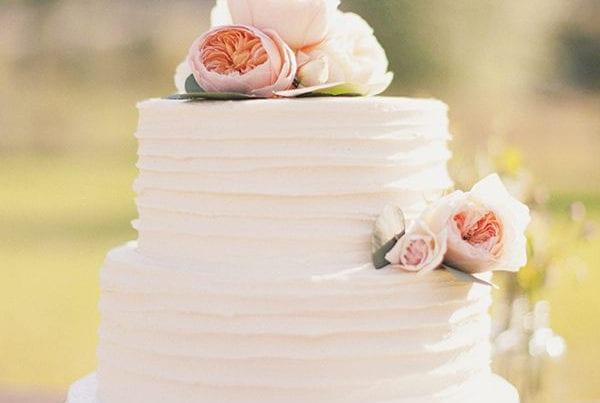 c7e4da9572049c85-cake1