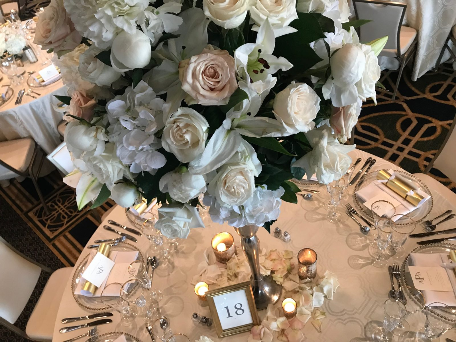 Merry Moments | Legacy, Details & 900 Roses