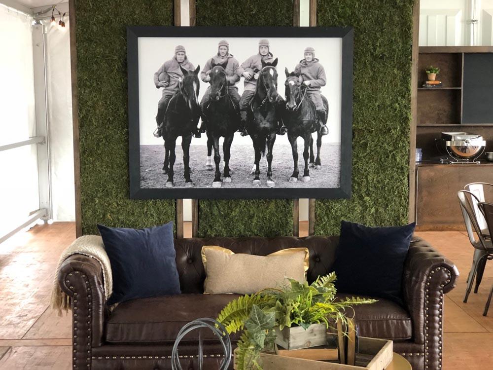four horseman lounge