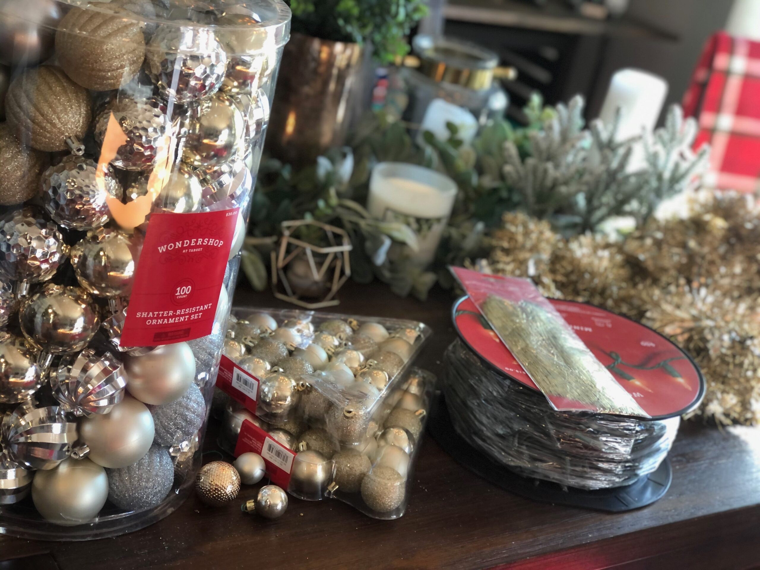 Merry Monday |  Tips & Tricks for Beautiful Christmas Decor